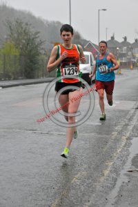 Lynne on her way to a 40:04 PB 3rd in age cat.